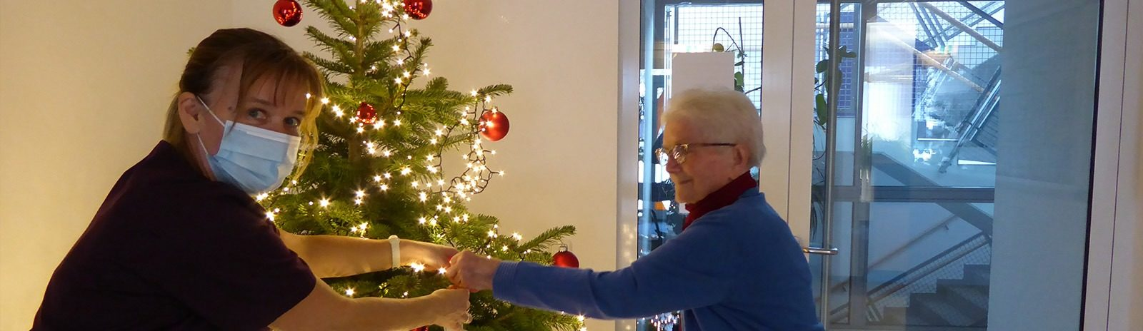 SC_Oberkirch_Weihnachtsbaum_schmücken_slider